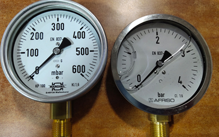 Pressure Gauges And Push Button Cocks